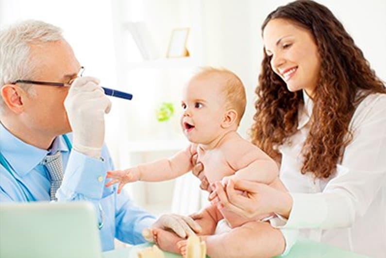 Eye exam for infants